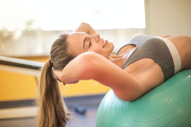 Machen Sie dieses Booty-Workout 10-mal effektiver – was auch immer, was Sie bedürfen, ist ein Widerstandsband